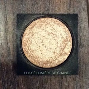 Chanel illuminating powder